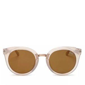 Quay Australia x Benefit - Round Shook Sunglasses